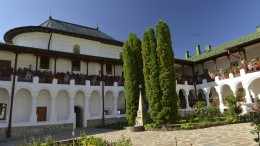 Manastirea Agapia si anexe-5662