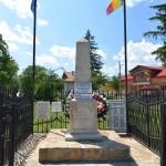 Cracaoani Obelisc-5438