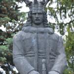 Piatra Neamt Statuia lui Stefan cel Mare-9192