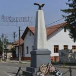 Tazlau Monument-7090